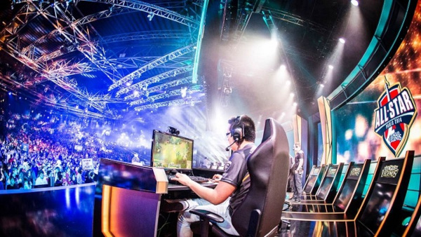 Become-an-eSports-Player